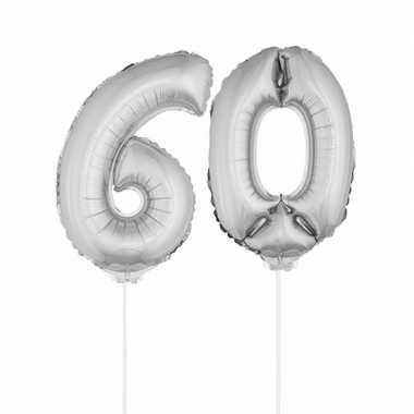 Zilveren opblaascijfer 60 op stokjes